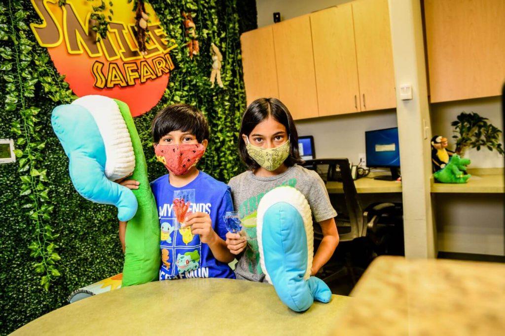 Kids having fun at their dentist appointment - Smile Safari